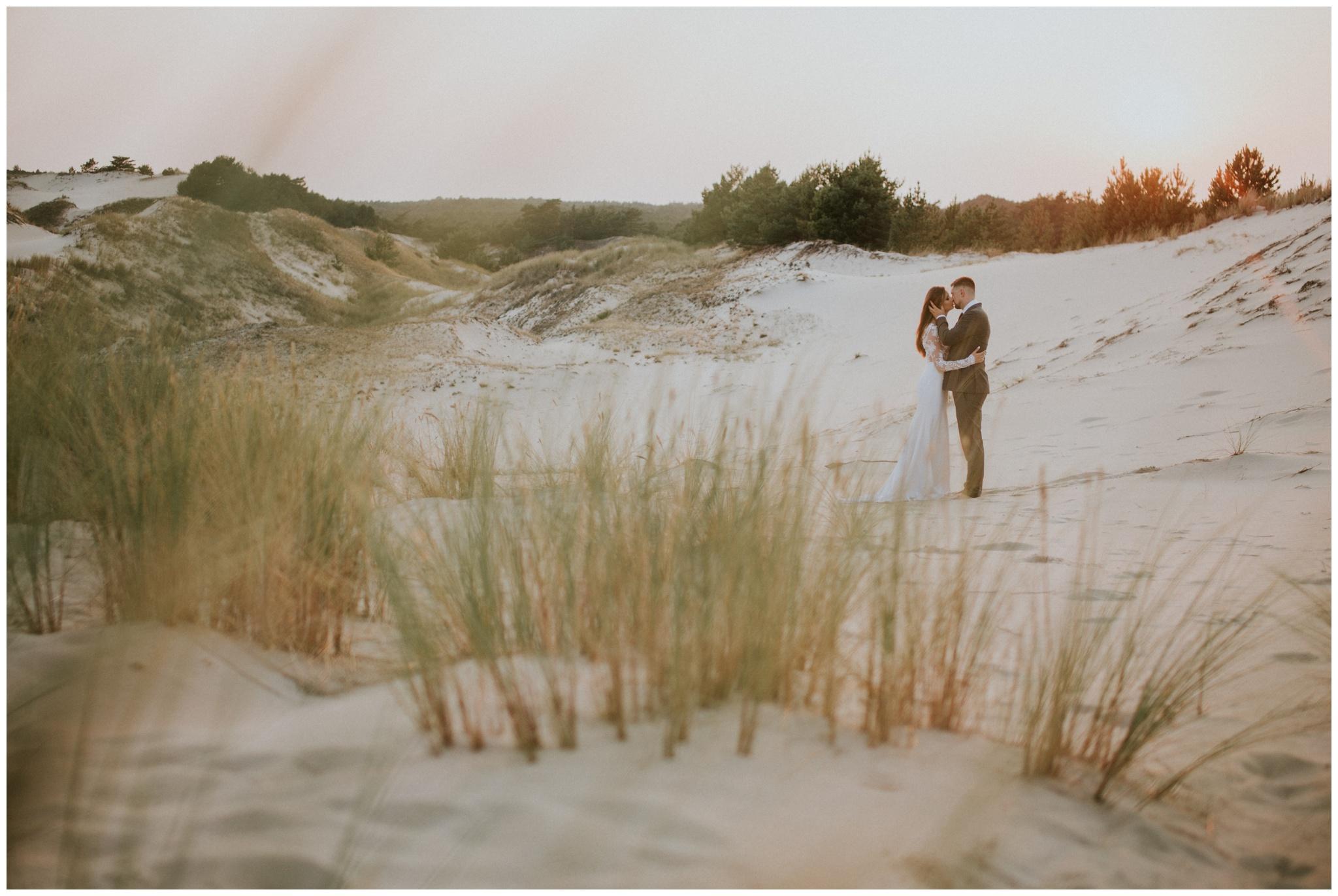 Joanna & Kamil – sesja ślubna w Łebie